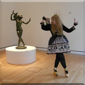 Mimielle at the Museum